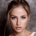 LydiaHoutz