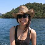 Gloria Luong
